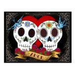 Los cráneos del amor ahorran la postal de la fecha