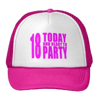 Los cumpleaños divertidos 18 de los chicas hoy y gorras de camionero