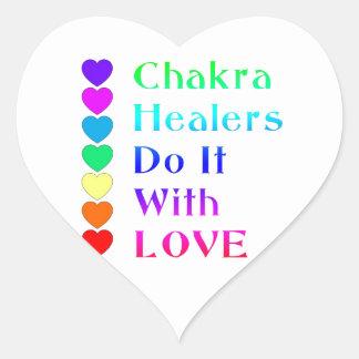 Los curadores de Chakra lo hacen con amor en Pegatina En Forma De Corazón