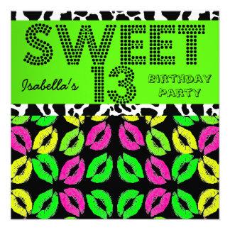 Los décimotercero labios del cumpleaños del dulce comunicados
