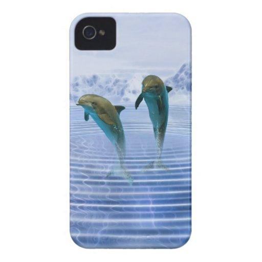 Los delfínes hacen ondulaciones Case-Mate iPhone 4 cárcasas