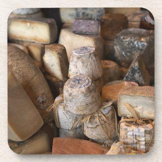 Los diversos quesos en mercado atascan, marco posavaso