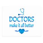 Los doctores Make él mejor Postal