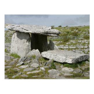 Los dólmenes Burren de las tumbas de Paulnabrone o Tarjeta Postal