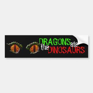 Los dragones comieron los dinosaurios pegatina para auto