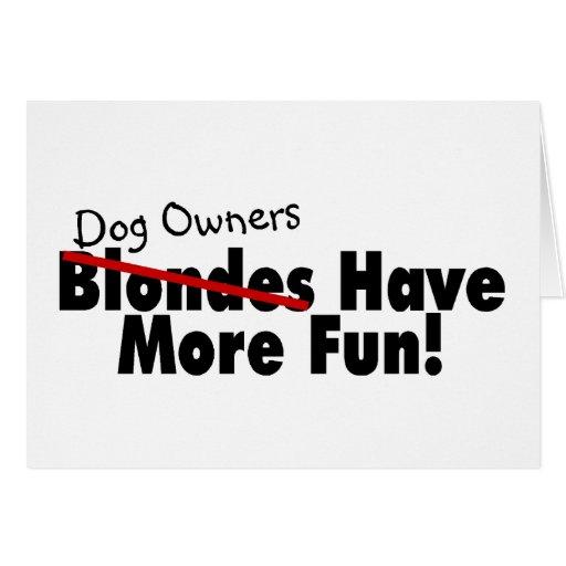 Los dueños del perro se divierten más tarjetón