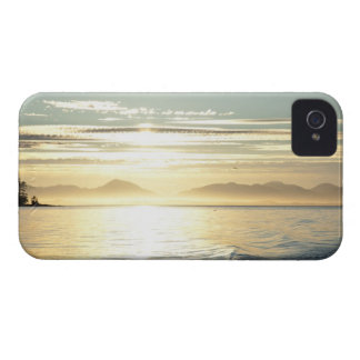 Los E.E.U.U., Alaska, Ketchikan cercano iPhone 4 Case-Mate Carcasas