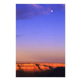 Los E.E.U.U., Arizona, Gran Cañón NP. Luna en ciel Fotografia