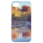 Los E.E.U.U., Arizona, Sedona. Reflejo de la roca iPhone 5 Carcasa