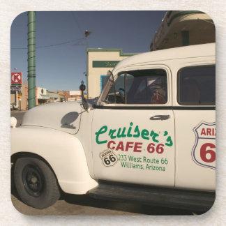 Los E.E.U.U., Arizona, Williams: Café 66 de los cr Posavasos De Bebida