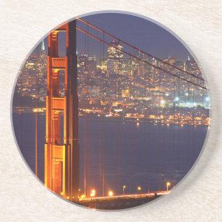 Los E.E.U.U., California. Puente Golden Gate en la Posavasos Diseño