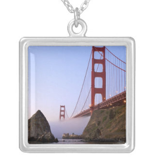 Los E.E.U.U., California, San Francisco. Golden Colgante Cuadrado