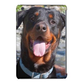 Los E.E.U.U., California. Sonrisa de Rottweiler Funda De iPad Mini