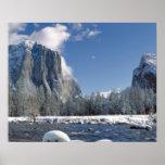 Los E.E.U.U., California, Yosemite NP. El río de M Impresiones