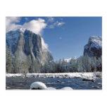 Los E.E.U.U., California, Yosemite NP. El río de M Tarjeta Postal