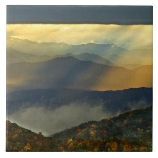 Los E.E.U.U., Carolina del Norte, grandes montañas Azulejo Cuadrado Grande