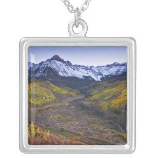 Los E.E.U.U., Colorado, montañas rocosas, San Juan Colgante Cuadrado