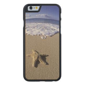 Los E.E.U.U., Hawaii, Maui, playa de Makena, Funda De iPhone 6 Carved® Slim De Arce