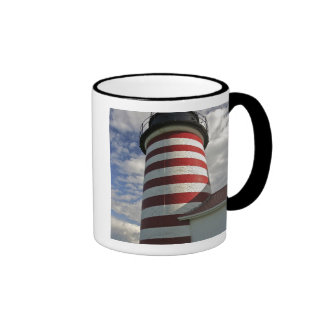 Los E.E.U.U., Maine, Lubec. Faro principal del oes Tazas De Café