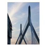 Los E.E.U.U., Massachusetts, Boston. El puente de Tarjetas Postales