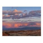 Los E.E.U.U., Nevada, valle del fuego en la puesta Tarjeta Postal