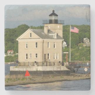 Los E.E.U.U., Nueva York, Kingston, el río Hudson. Posavasos De Piedra