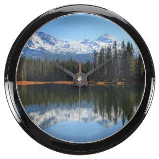Los E.E.U.U., Oregon, bosque del Estado 2 de Relojes Aquavista