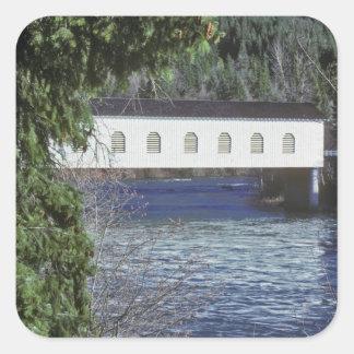 Los E.E.U.U., Oregon. El cruzar de la recogida Calcomania Cuadradas
