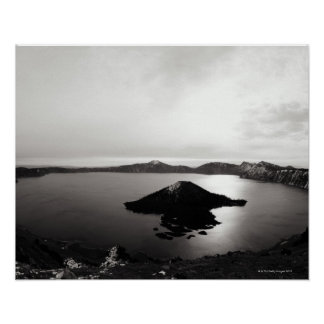 Los E.E.U.U., Oregon, lago crater, isla del mago, Póster