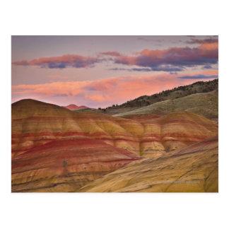 Los E.E.U.U., Oregon, Mitchell, colinas pintadas Tarjeta Postal