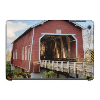 Los E.E.U.U., Oregon, Scio, puente de Shimanek Fundas De iPad Mini Retina