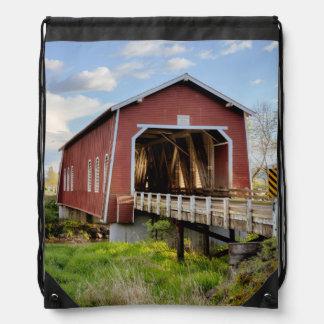 Los E.E.U.U., Oregon, Scio, puente de Shimanek Mochilas