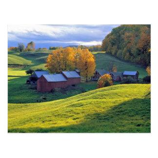 Los E.E.U.U., Vermont, granja de Jenne. Colinas Postales
