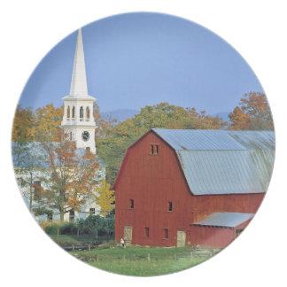 Los E.E.U.U., Vermont, Peacham. Un granero y un bl Platos De Comidas