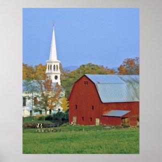 Los E.E.U.U., Vermont, Peacham. Un granero y un bl Póster