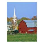 Los E.E.U.U., Vermont, Peacham. Un granero y un Postal