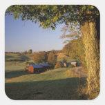 Los E.E.U.U., Vermont, Woodstock del sur, granja Pegatina Cuadrada