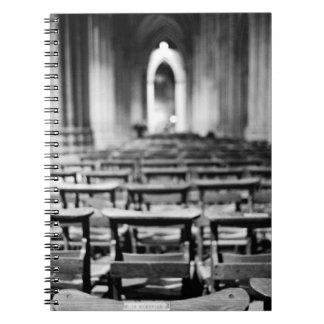 Los E.E.U.U., Washington DC. Bancos de la iglesia  Cuaderno