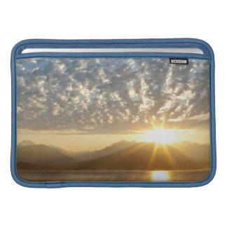 Los E.E.U.U., Washington, Seabeck. Puesta del sol Fundas MacBook