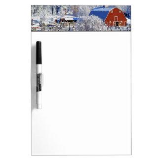 Los E.E.U.U., Washington, valle de Methow, granero Tableros Blancos
