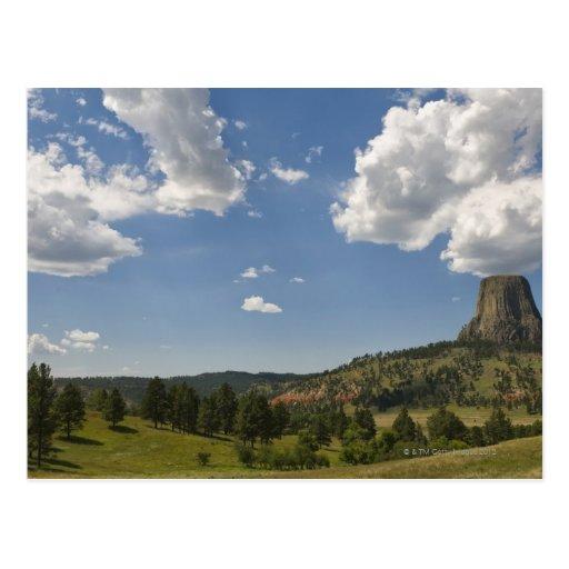 Los E.E.U.U., Wyoming, nubes sobre la torre del di Tarjeta Postal