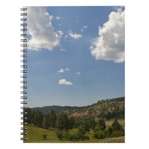 Los E.E.U.U., Wyoming, nubes sobre la torre del Libros De Apuntes