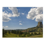 Los E.E.U.U., Wyoming, nubes sobre la torre del Postal