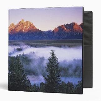 """Los E.E.U.U., Wyoming, parque nacional magnífico Carpeta 1 1/2"""""""