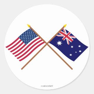 Los E.E.U.U. y banderas cruzadas Australia Pegatina Redonda