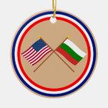 Los E.E.U.U. y banderas cruzadas Bulgaria Adornos De Navidad