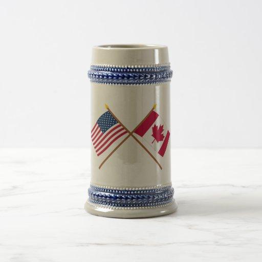 Los E.E.U.U. y banderas cruzadas Canadá Jarra De Cerveza
