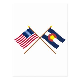 Los E.E.U.U. y banderas cruzadas Colorado Tarjetas Postales