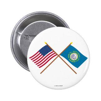 Los E E U U y banderas cruzadas Dakota del Sur Pin