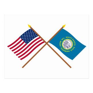 Los E.E.U.U. y banderas cruzadas Dakota del Sur Tarjeta Postal